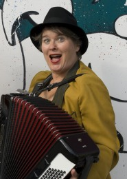 Rita Zimmermann: Kabarett Ma Damm